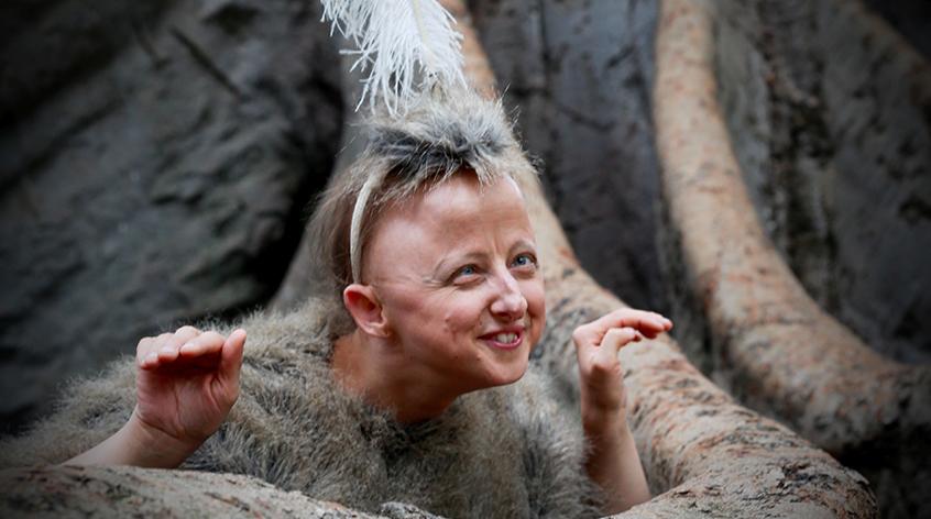 Sarah Hoboult - performer - Arts Access Australia
